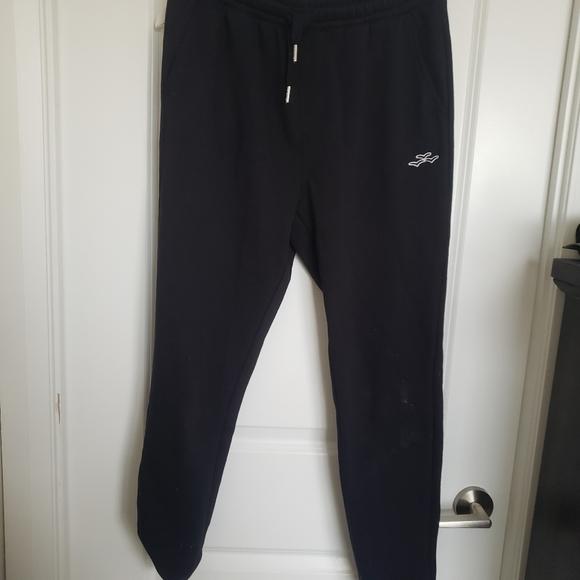 Lazy pants